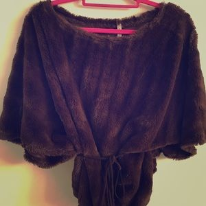 Sweaters - Brown Faux Fur Top Sweater Poncho